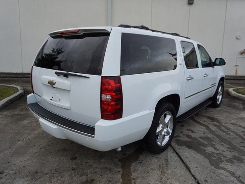 2009 Chevrolet Suburban LTZ  city LA  AutoSmart  in Harvey, LA