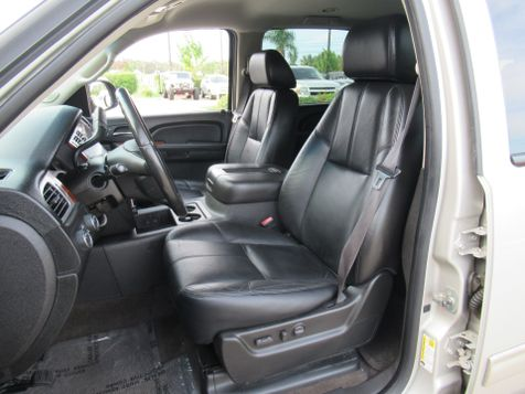 2009 Chevrolet Suburban LT w/2LT | Houston, TX | American Auto Centers in Houston, TX