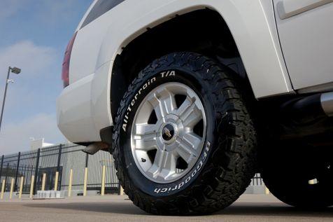2009 Chevrolet Suburban Z71* 4x4** Z71*4x4*3 Rows* EZ Financing** | Plano, TX | Carrick's Autos in Plano, TX