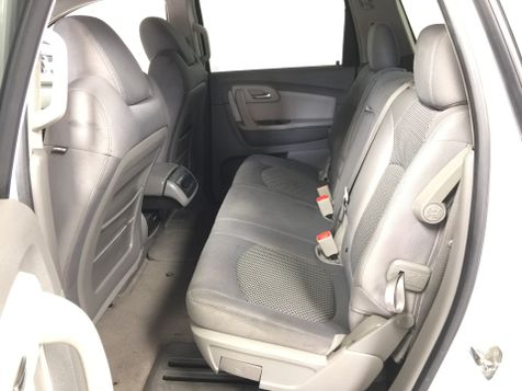 2009 Chevrolet Traverse *Affordable Financing* | The Auto Cave in Addison, TX