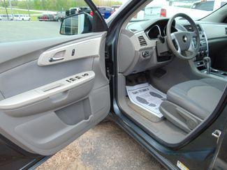 2009 Chevrolet Traverse LS Alexandria, Minnesota 9