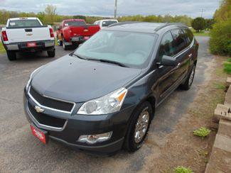 2009 Chevrolet Traverse LS Alexandria, Minnesota 2