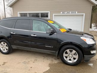 2009 Chevrolet Traverse LT w/2LT in Clinton, IA 52732
