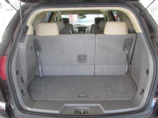 2009 Chevrolet Traverse LT w/2LT Gardena, California 11