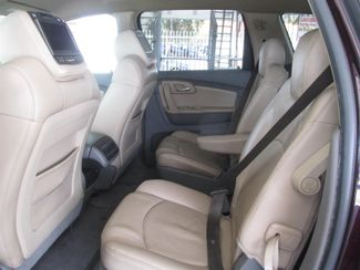 2009 Chevrolet Traverse LT w/2LT Gardena, California 10