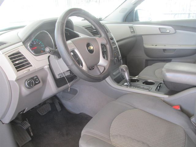 2009 Chevrolet Traverse LT w/1LT Gardena, California 4