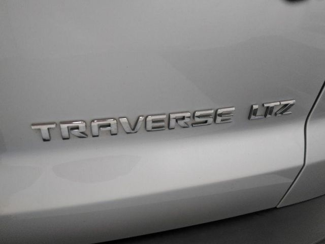 2009 Chevrolet Traverse LTZ in St. Louis, MO 63043