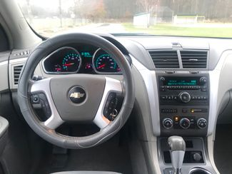 2009 Chevrolet Traverse LT Ravenna, Ohio 9