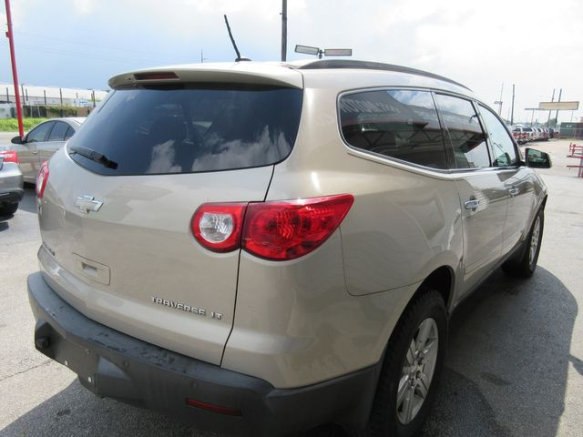 2009 Chevrolet Traverse LT w/1LT south houston, TX 4