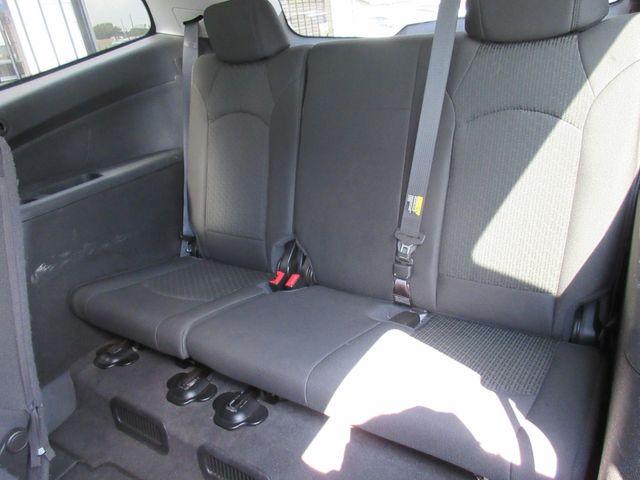 2009 Chevrolet Traverse LT w/1LT south houston, TX 8