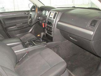 2009 Chrysler 300 LX Gardena, California 8