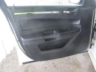 2009 Chrysler 300 LX Gardena, California 9