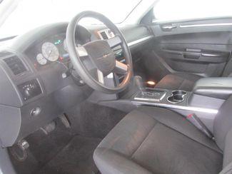 2009 Chrysler 300 LX Gardena, California 4
