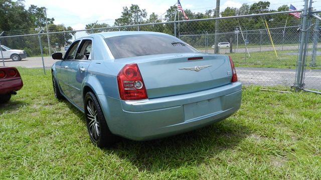 2009 Chrysler 300 LX Hudson , Florida 3