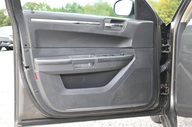 2009 Chrysler 300 LX Naugatuck, Connecticut 6