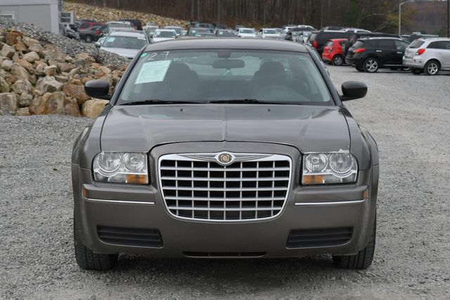 2009 Chrysler 300 LX Naugatuck, Connecticut 7