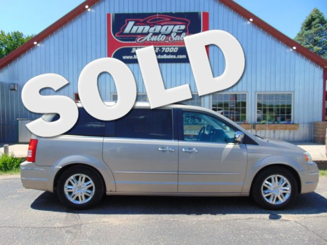 2009 Chrysler Town & Country Limited Alexandria, Minnesota