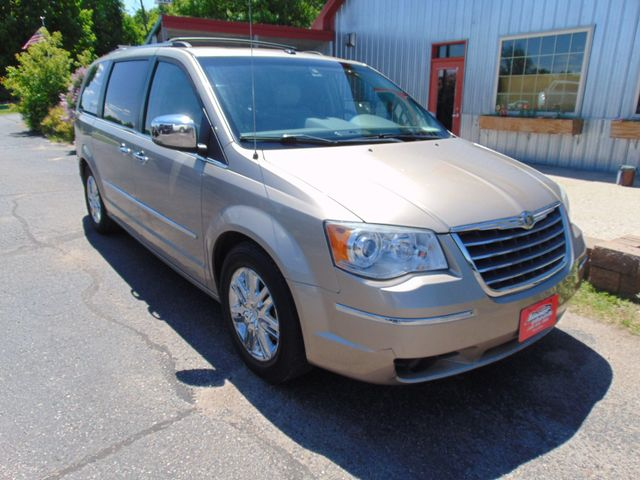 2009 Chrysler Town & Country Limited Alexandria, Minnesota 1