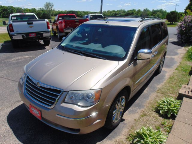 2009 Chrysler Town & Country Limited Alexandria, Minnesota 2