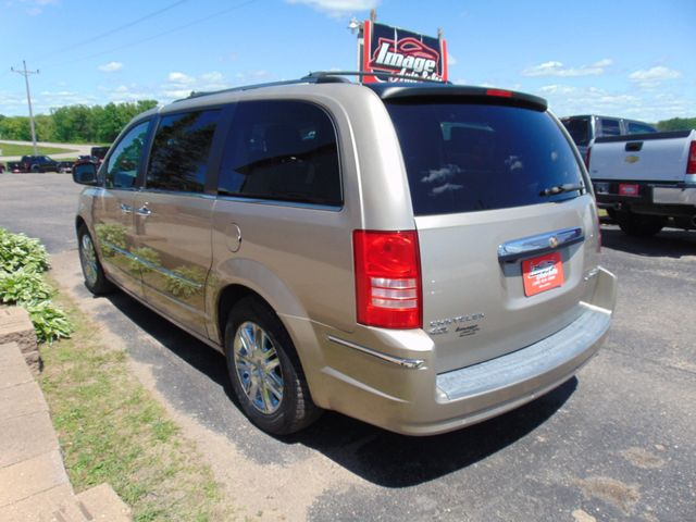 2009 Chrysler Town & Country Limited Alexandria, Minnesota 3