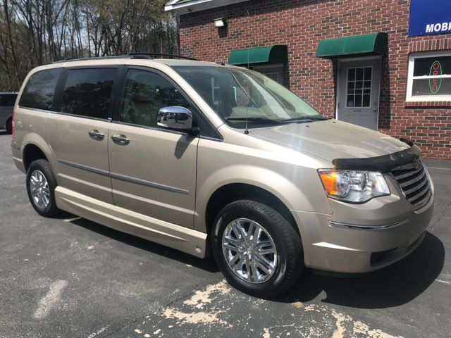 2009 Chrysler Town & Country Limited handicap wheelchair van Dallas, Georgia 4