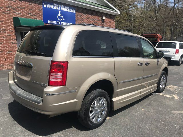 2009 Chrysler Town & Country Limited handicap wheelchair van Dallas, Georgia 6