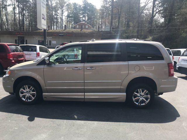 2009 Chrysler Town & Country Limited handicap wheelchair van Dallas, Georgia 9