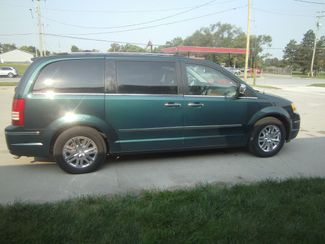 2009 Chrysler Town  Country Limited  city NE  JS Auto Sales  in Fremont, NE