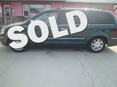 2009 Chrysler Town & Country Limited in Fremont, NE