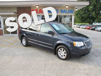 2009 Chrysler Town & Country Touring in Medina OHIO, 44256