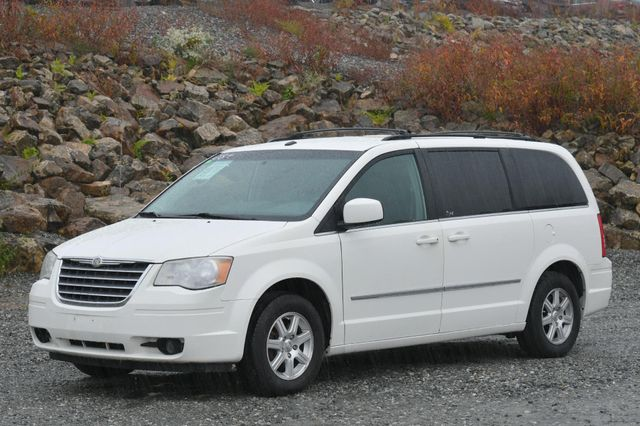 2009 Chrysler Town & Country Touring Naugatuck, Connecticut