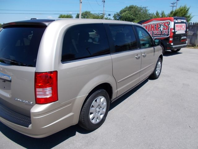 2009 Chrysler Town & Country LX Shelbyville, TN 12