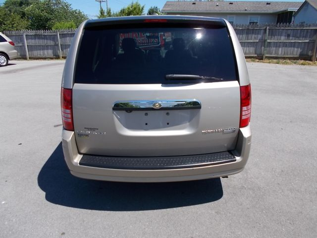 2009 Chrysler Town & Country LX Shelbyville, TN 13