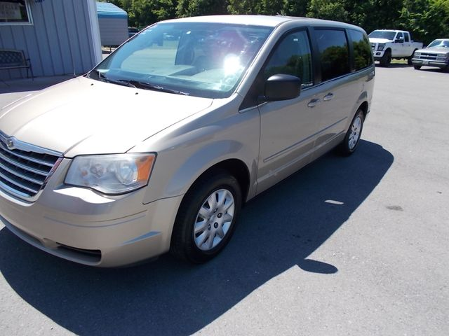 2009 Chrysler Town & Country LX Shelbyville, TN 6