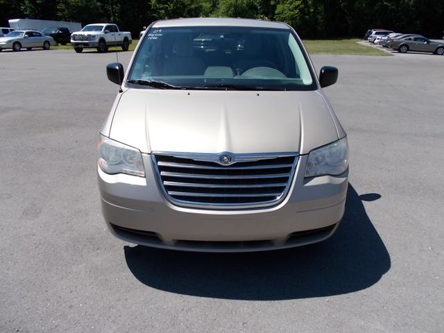 2009 Chrysler Town & Country LX Shelbyville, TN 7