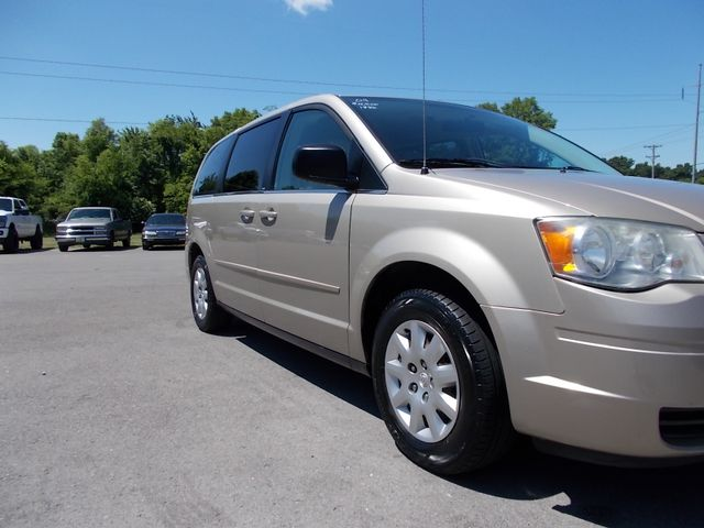 2009 Chrysler Town & Country LX Shelbyville, TN 8