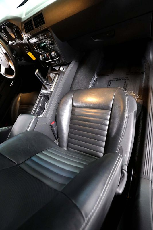 2009 Dodge Challenger RT - Leather - BORLA exhaust - Manual  city California  MDK International  in Los Angeles, California