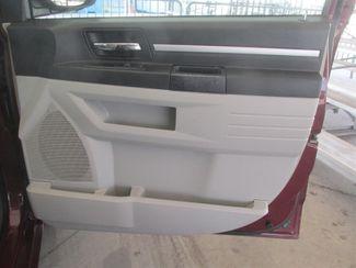 2009 Dodge Grand Caravan SXT Gardena, California 12