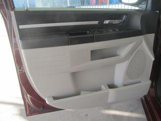 2009 Dodge Grand Caravan SXT Gardena, California 8