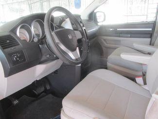 2009 Dodge Grand Caravan SXT Gardena, California 4