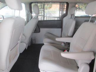 2009 Dodge Grand Caravan SXT Gardena, California 9
