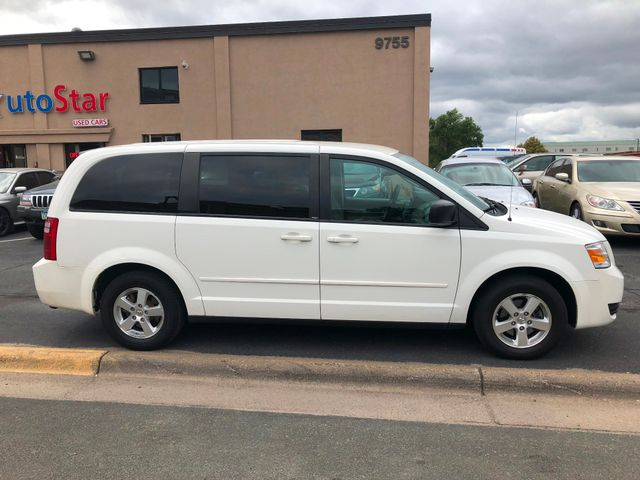 2009 Dodge Grand Caravan SE Maple Grove, Minnesota 5