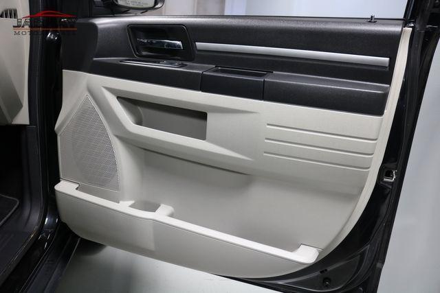 2009 Dodge Grand Caravan SXT Merrillville, Indiana 26