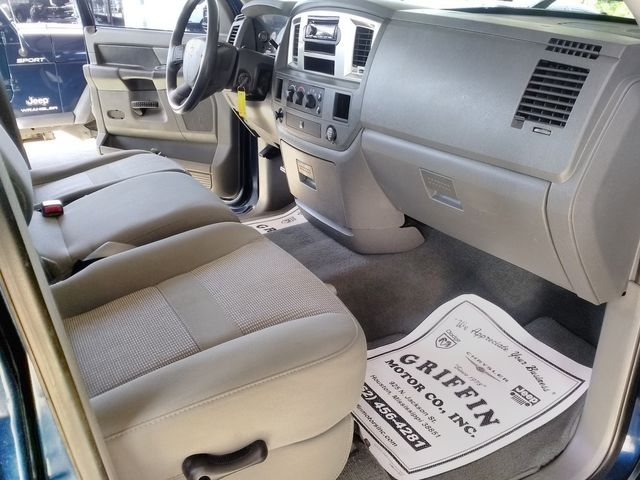 2009 Dodge Ram 2500 SXT Mega Cab Houston, Mississippi 11