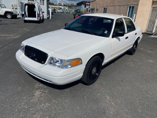 2009 Ford Crown Victoria P71 Police Interceptor Street Appearance