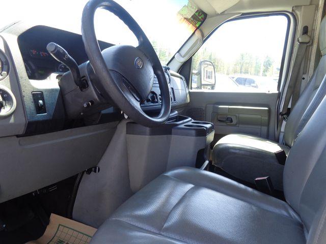 2009 Ford E450 Hoosick Falls, New York 4