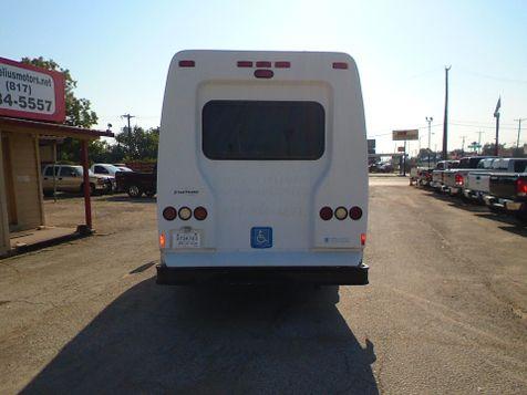 2009 Ford Econoline Commercial Cutaway handicap | Fort Worth, TX | Cornelius Motor Sales in Fort Worth, TX