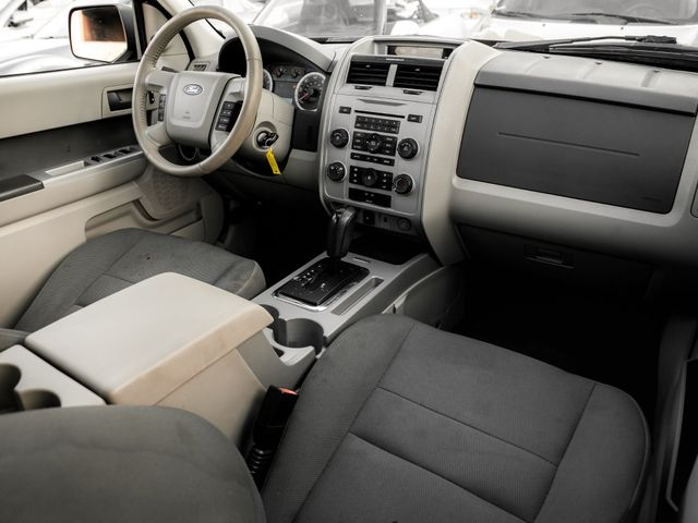 2009 Ford Escape XLT Burbank, CA 11