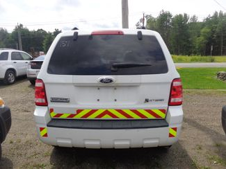 2009 Ford Escape Hybrid Hoosick Falls, New York 3