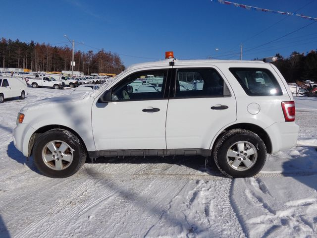 2009 Ford Escape XLS Hoosick Falls, New York 0
